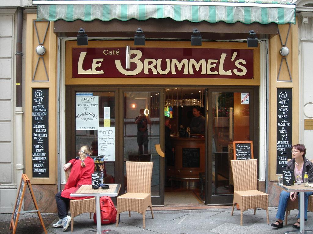 Funky. The French don't do funky well. So Café Le Brummels must be ...