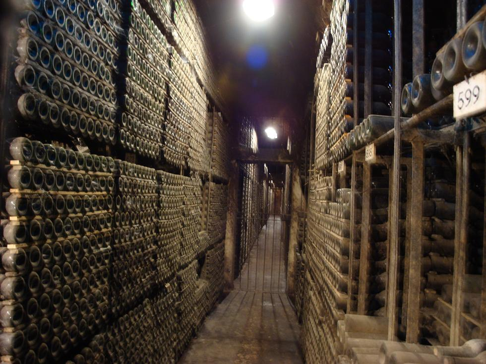 Confessions of a wino blog archive evidence of risk for Calle marques de riscal