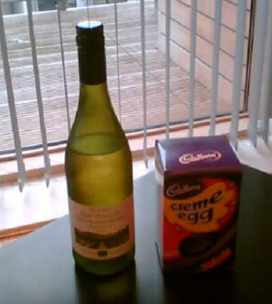 Wine Society NZ Savignon Blanc and an Easter egg (for some reason)