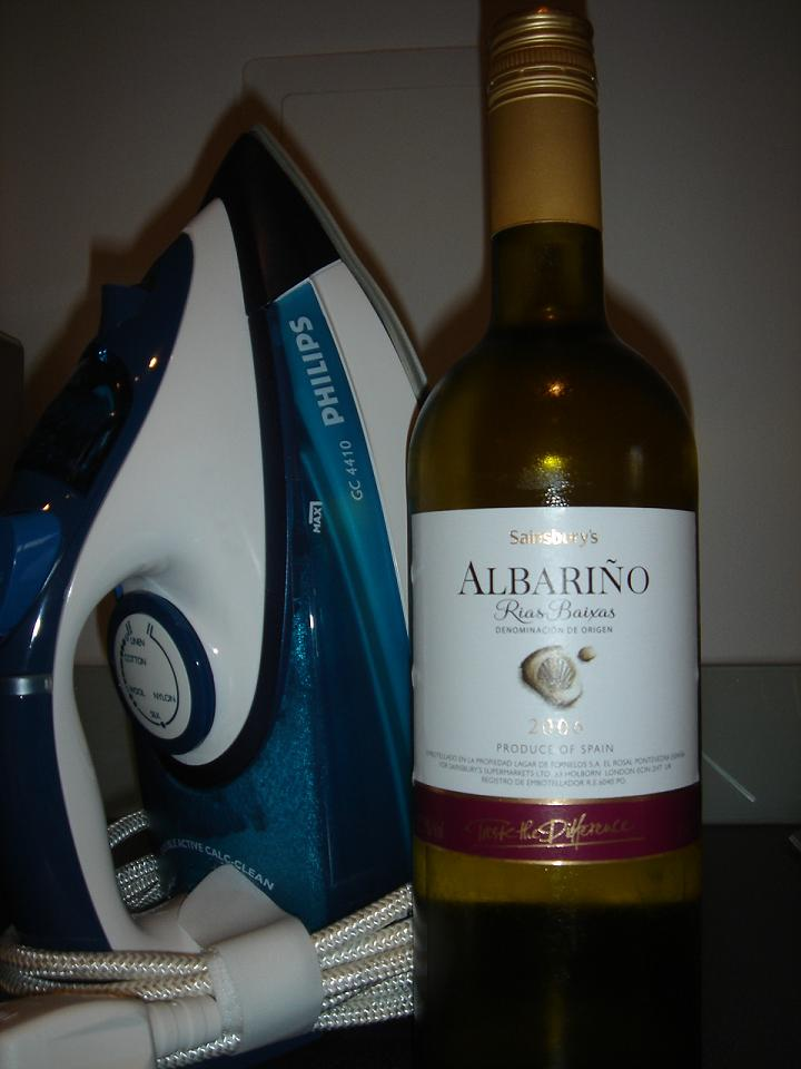 Grape pressings - Albariño next to an iron….for some reason