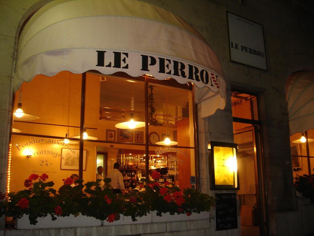 Le Perron, Geneva